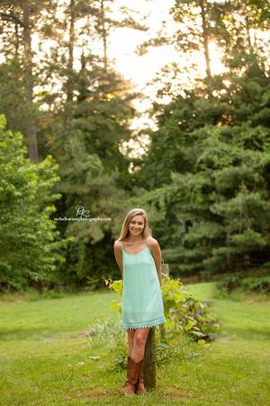 Jamestown-High-School-Senior-Portrait-Photo-Shoot