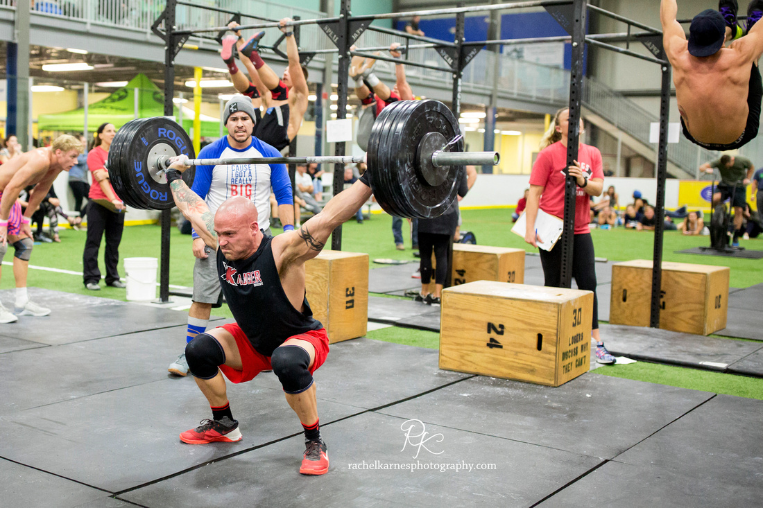crossfit-heavy-snatch-at-williamsburg-competition