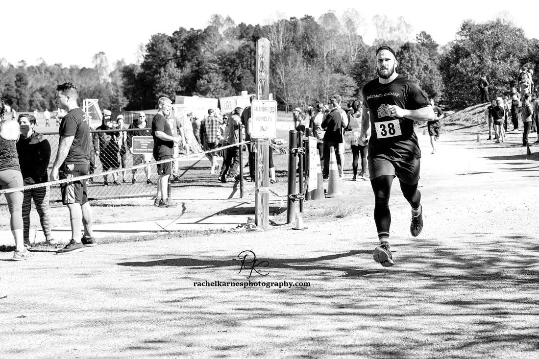 crossfit-competition-relay-race-at-gangs-of-the-mid-atlantic