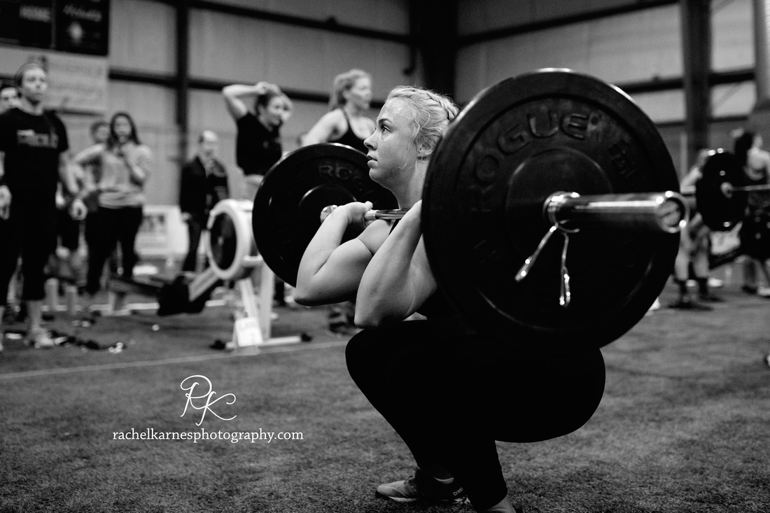 front-squat-at-crossfit-competition