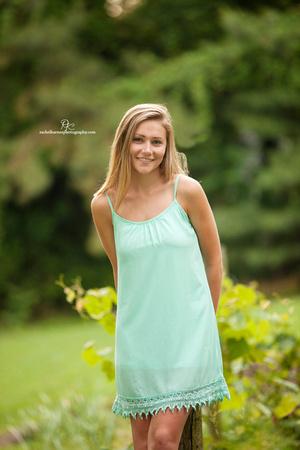 Jamestown-High-School-Senior-Portrait-Photo-Shoot-2