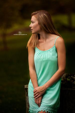 High-School-Senior-Portraits-Williamsburg-VA