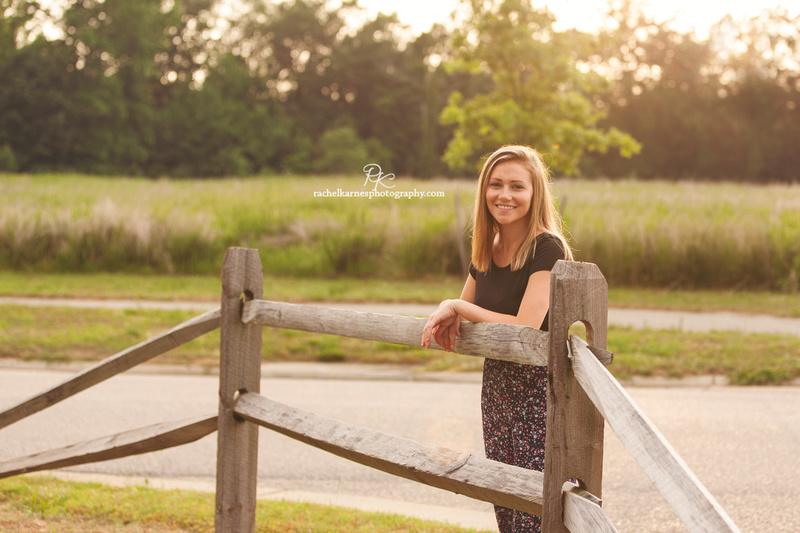 Williamsburg-High-School-Senior-Portrai-Photo-Shoot