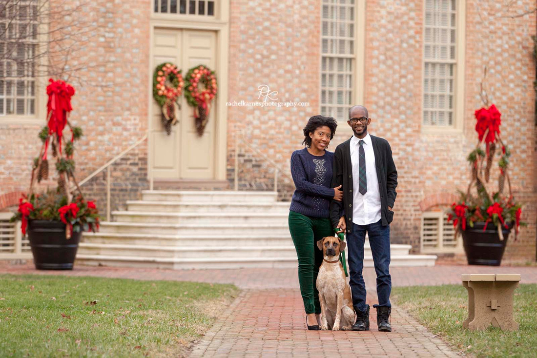 Anniversary Christmas Photo Session at William and Mary Campus