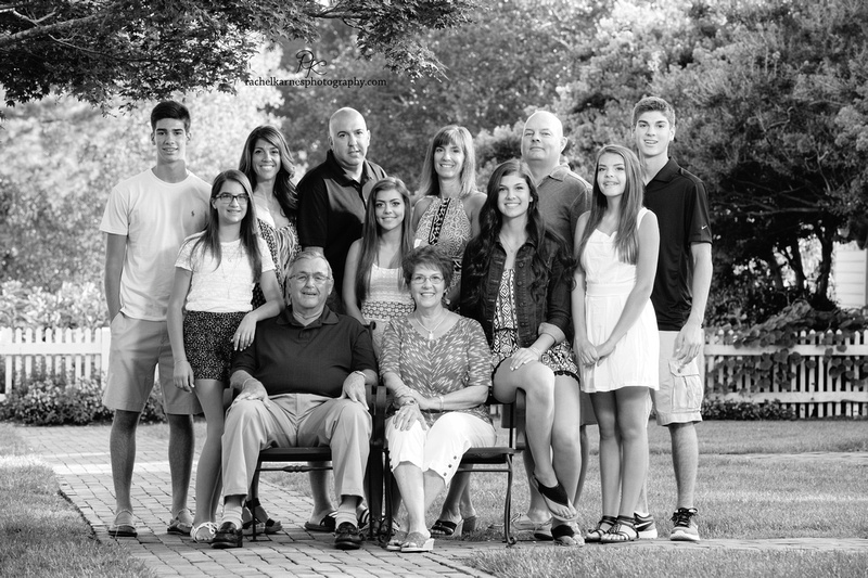 extended-family-photo-session-in-williamsburg-va