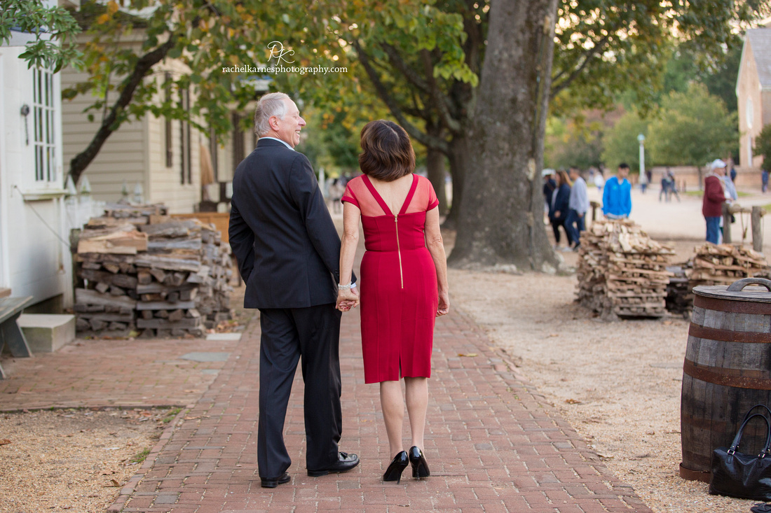 couple-celebrates-40th-anniversary-in-colonial-williamsburg