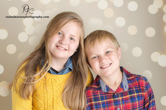 Siblings-Christmas-Card-Photo-Session-Special