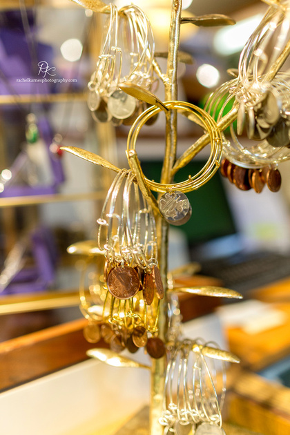 bangle-bracelets-in-williamsburg-scotish-boutique