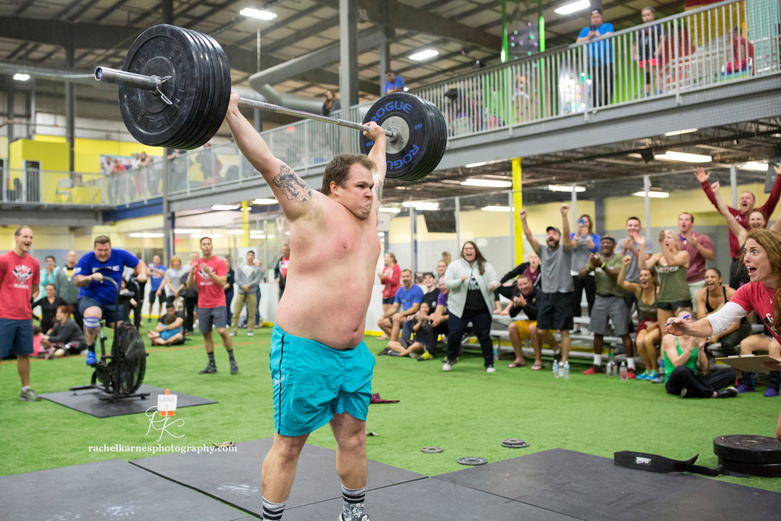 celebrating-one-rep-max-snatch-at-williamsburg-crossfit-competition
