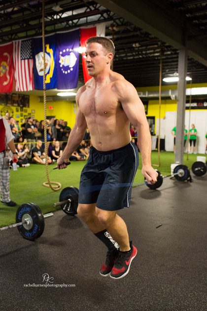man-doing-double-unders-at-gangs-of-the-mid-atlantic
