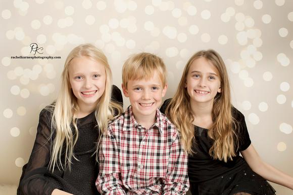 Sibling-photo-studio-session-in-williamsburg-va